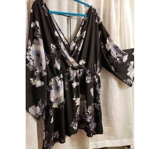 Torrid size 3 blouse top